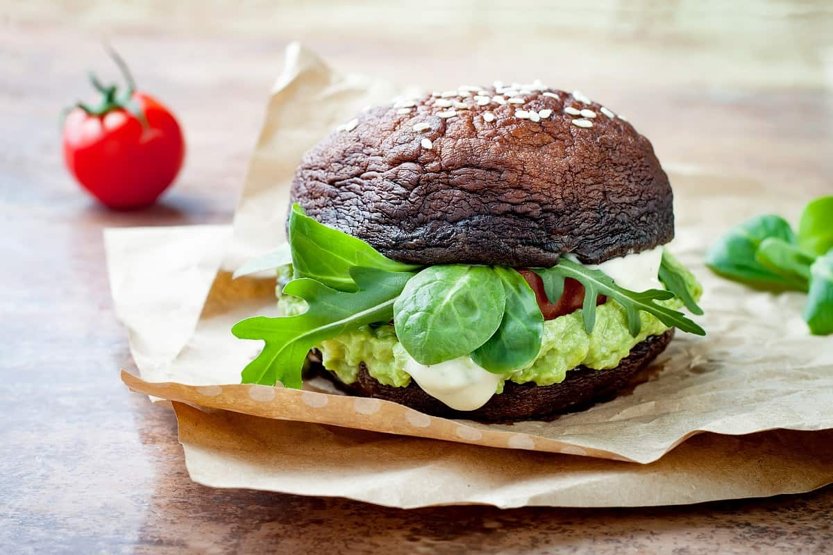 Is It Healthy To Eat A Burger Without A Bun
